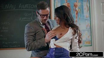Xvideos com mobile e morena gostosa dando para o professor